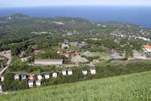 高台から見晴らす伊豆高原別荘地(伊東市)