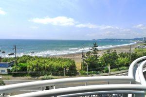 リゾートマンションからの海岸眺望