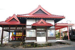 人気スポット「旧・北軽井沢駅舎」
