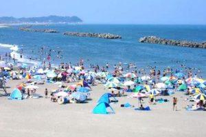 大原海水浴場の真夏の人出