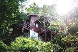 ウッドデッキの眺めが最高の別荘例