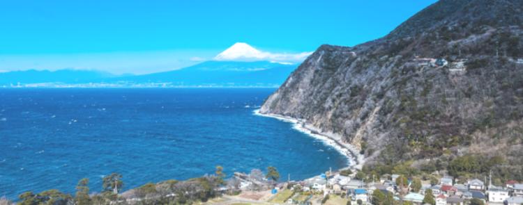 伊豆半島からの富士山眺望(静岡県・西伊豆)